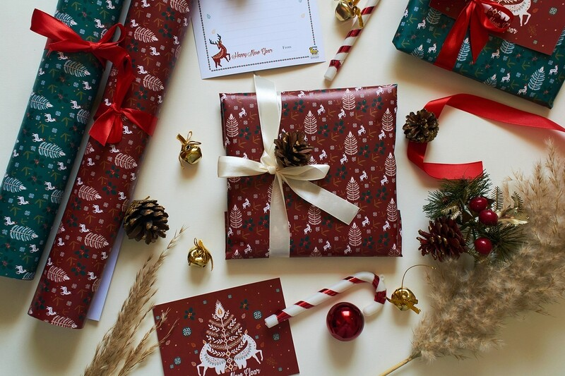 CHRISTMAS WRAPPING - RED