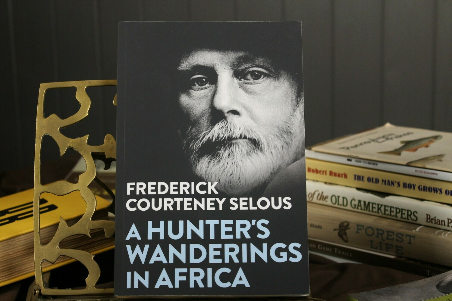 A Hunter's Wanderings in Africa by Frederick Courteny Selous