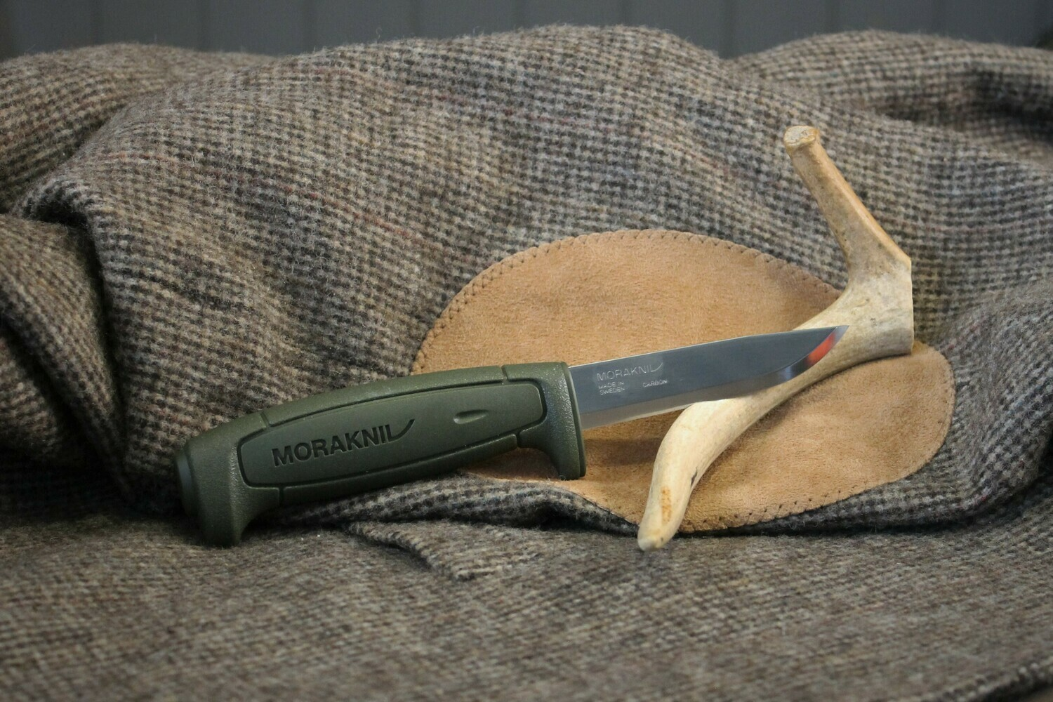 Mora 511 Fixed Blade in Green
