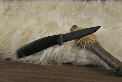 Mora 511 Fixed Blade in Black