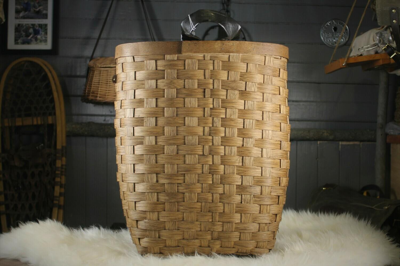 Packbasket, Walnut Stained