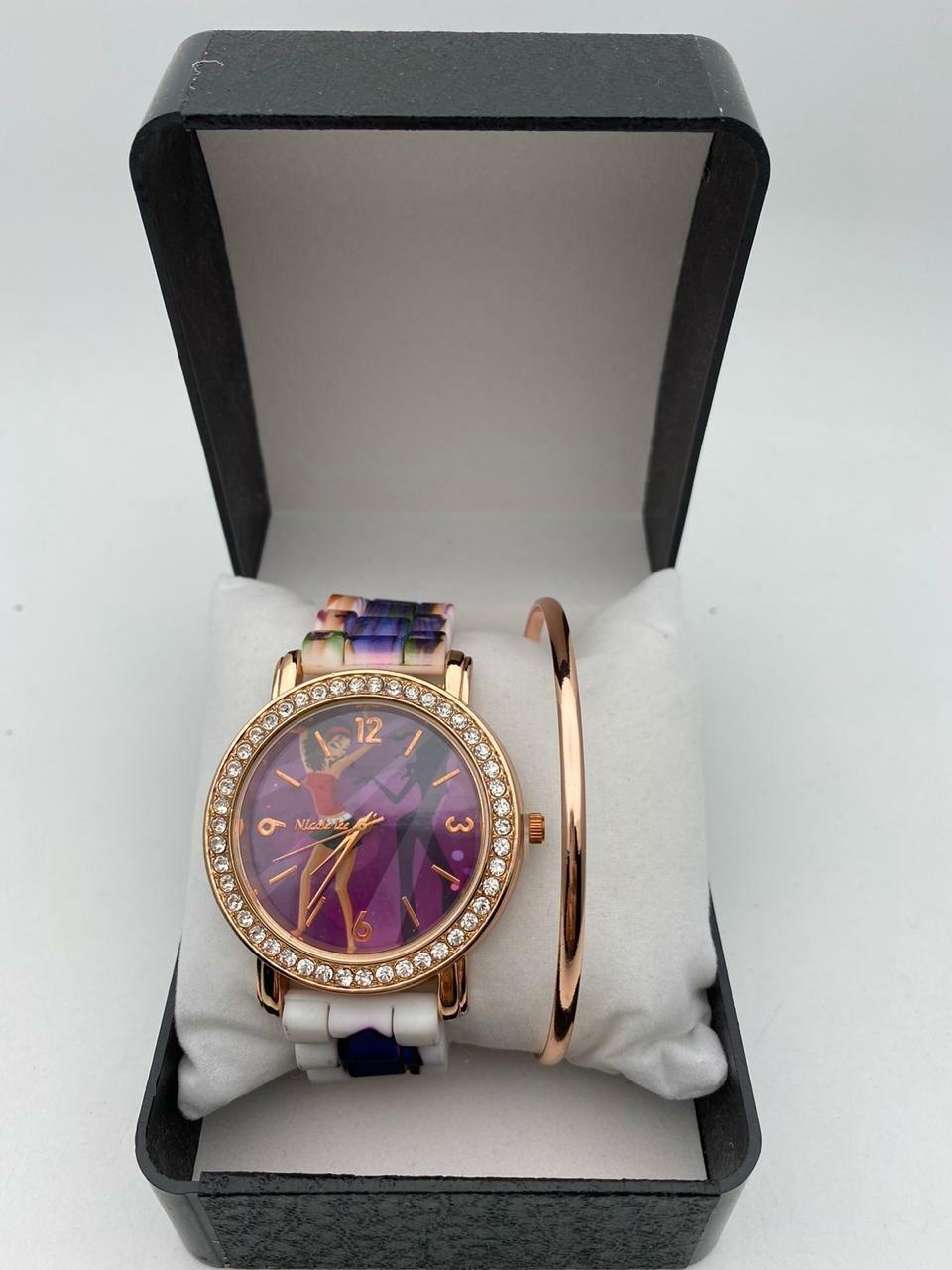 Reloj más pulsera