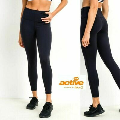 PLATINUM Essential Leggings w/ Pockets (Black)