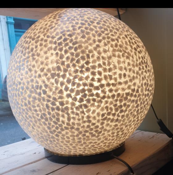 Oyster Shell Ball Lamp