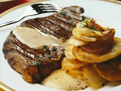 Fleisch-Teller - Bistecca di manzo alla griglia
