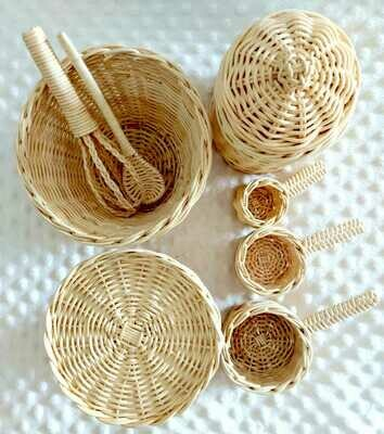 Rattan baking set - 8 pieces