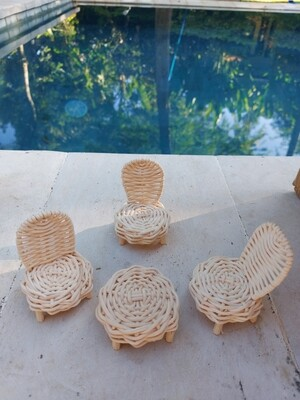 Dollhouse dining rattan furniture set - 3 chairs and a table