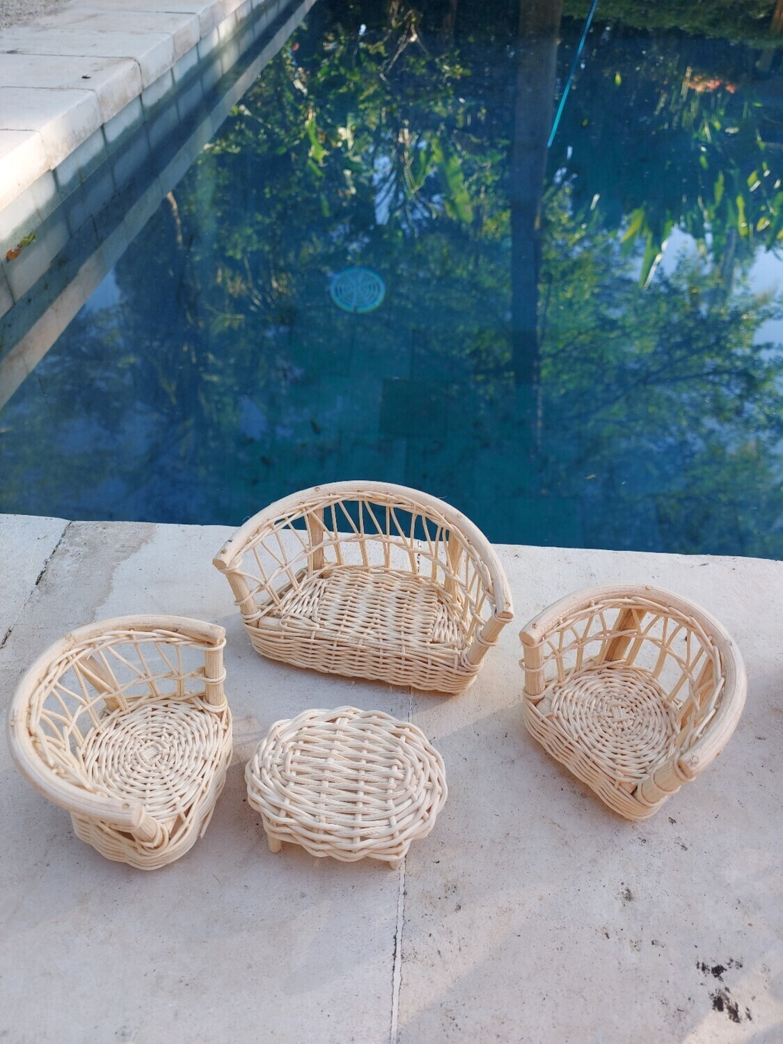 Dollhouse rattan furniture lounge set - 1 couch - 2 chairs - 1 table