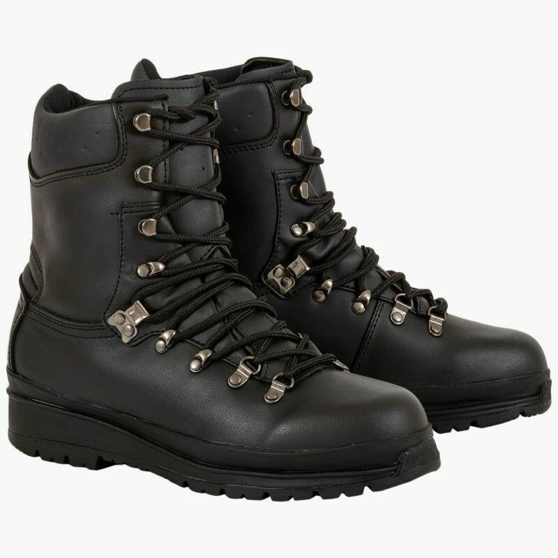 Elite boots by Highlander