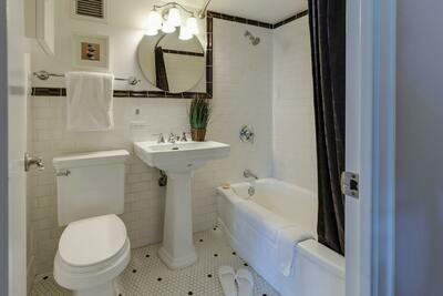 Bathroom Deep Clean