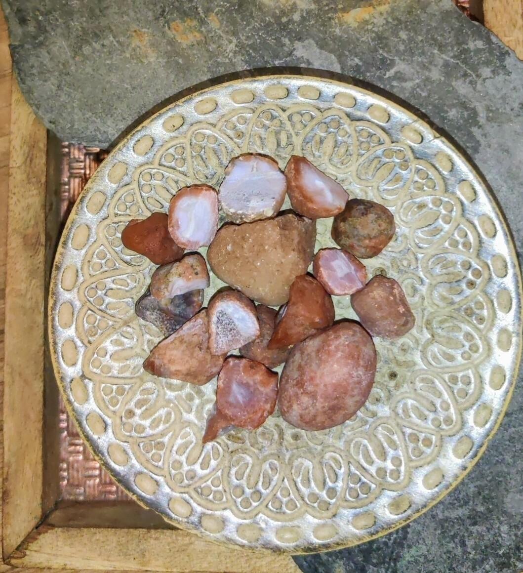 Carnelian nodule geodes