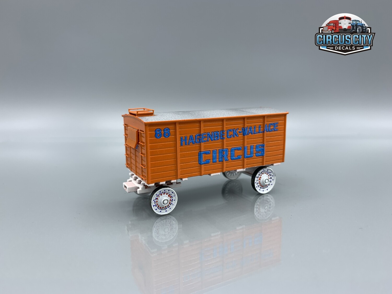 Hagenbeck Wallace Circus Wagon #88 Kit HO Scale