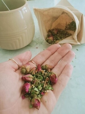 A Kiss Goodbye Herbal Tea - 30gr - with infuser