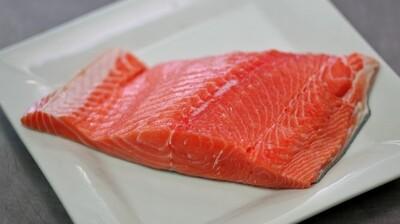 Chinook (aka King) Salmon - FV Pee Wee & FV Mysealium  (1.0 lb)