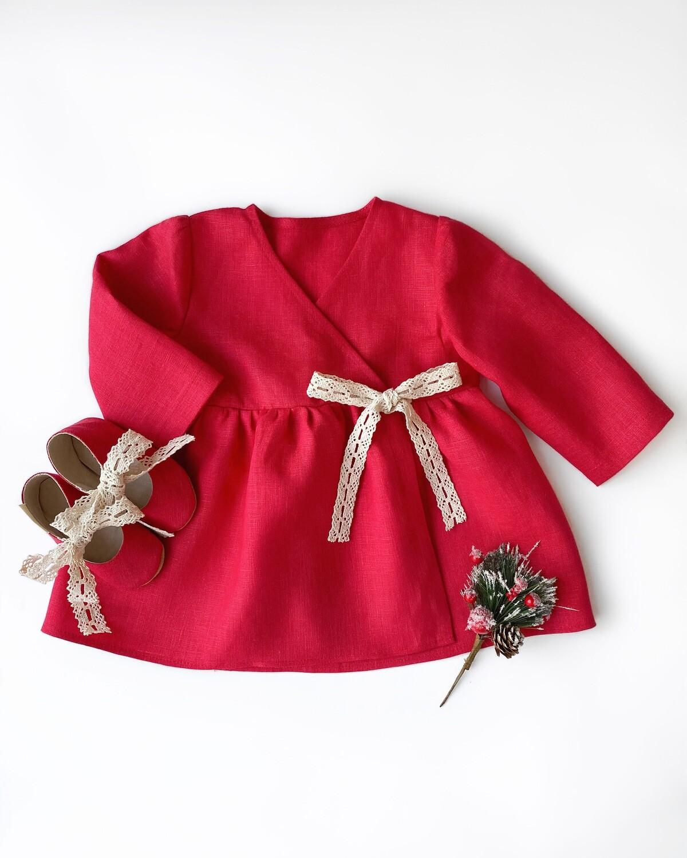 Платье красное на запах с длинными рукавами