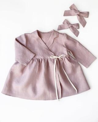 Платье на запах с длинными рукавами