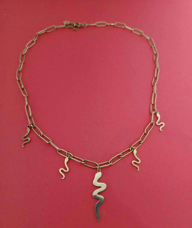 Gargantilla dorada serpiente Aloa cadena