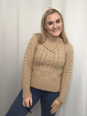 Banana Republic Beige Turtleneck Sweater - M