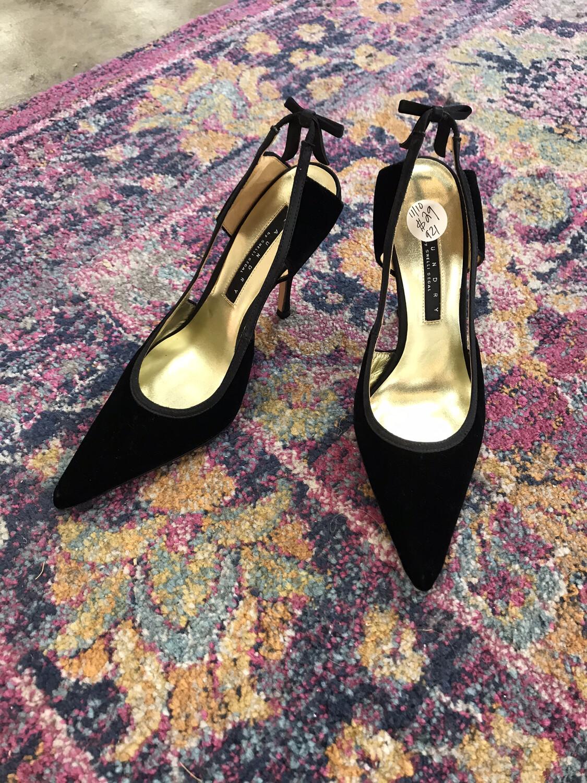 Laundry Black Velvet Heels - Size 6
