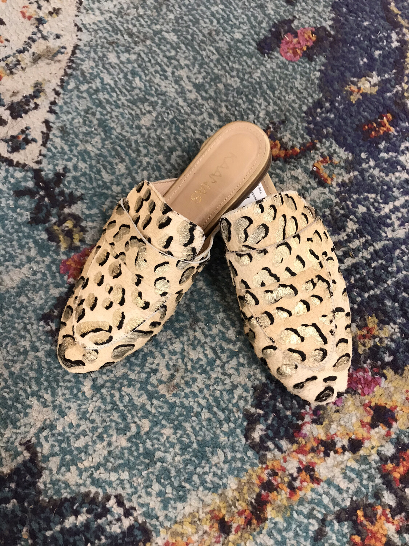 Kaanas Fur Cheetah Mules - Size 7