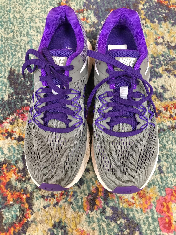 Nike Gray & Purple Tennis Shoes - Size 7