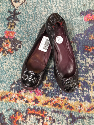 Tory Burch Maroon Patent Leather Flats - Size 8