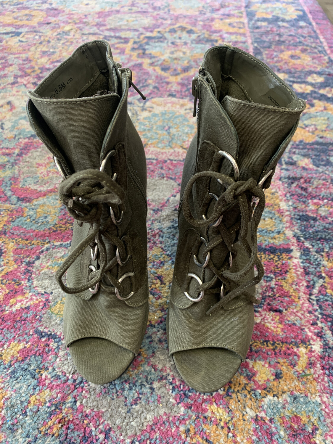 Chinese Laundry Olive Lace Up Heels - Size 6.5