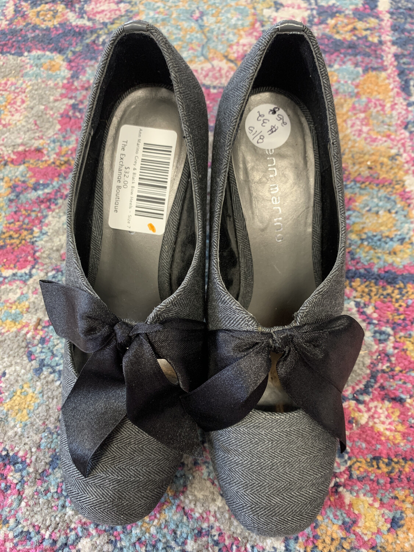 Ann Marino Grey & Black Bow Heels - Size 7