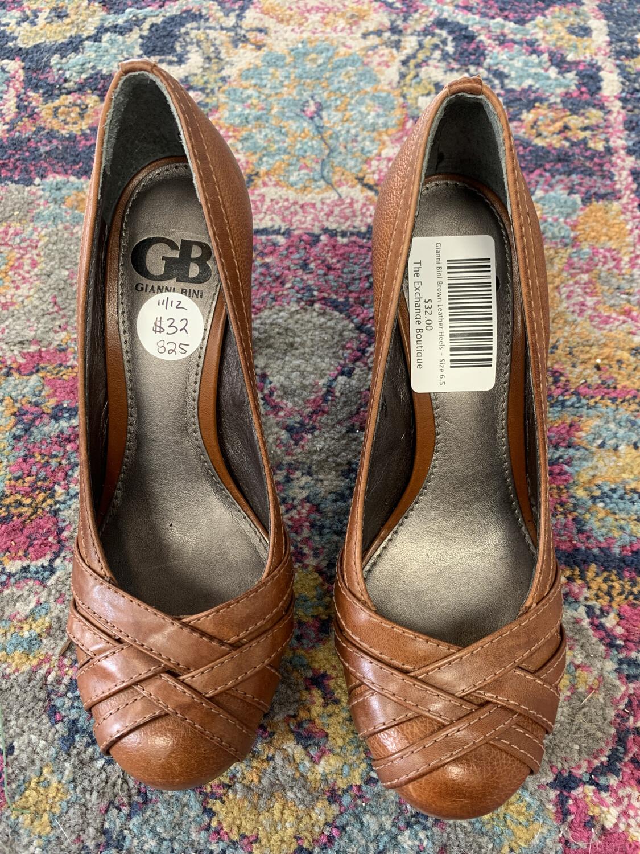 Gianni Bini Brown Leather Heels - Size 6.5