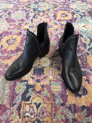 Chelsea & Violet Black Booties - Size 9