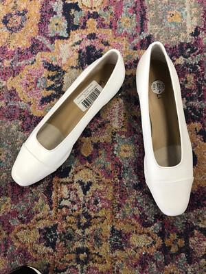Vaneli White Pumps - Size 9.5