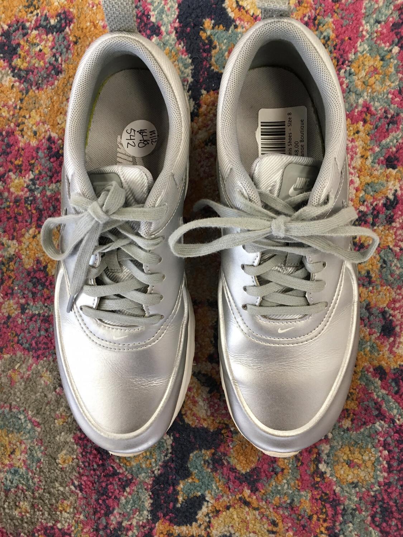 Nike Silver Tennis Shoes - Size 8