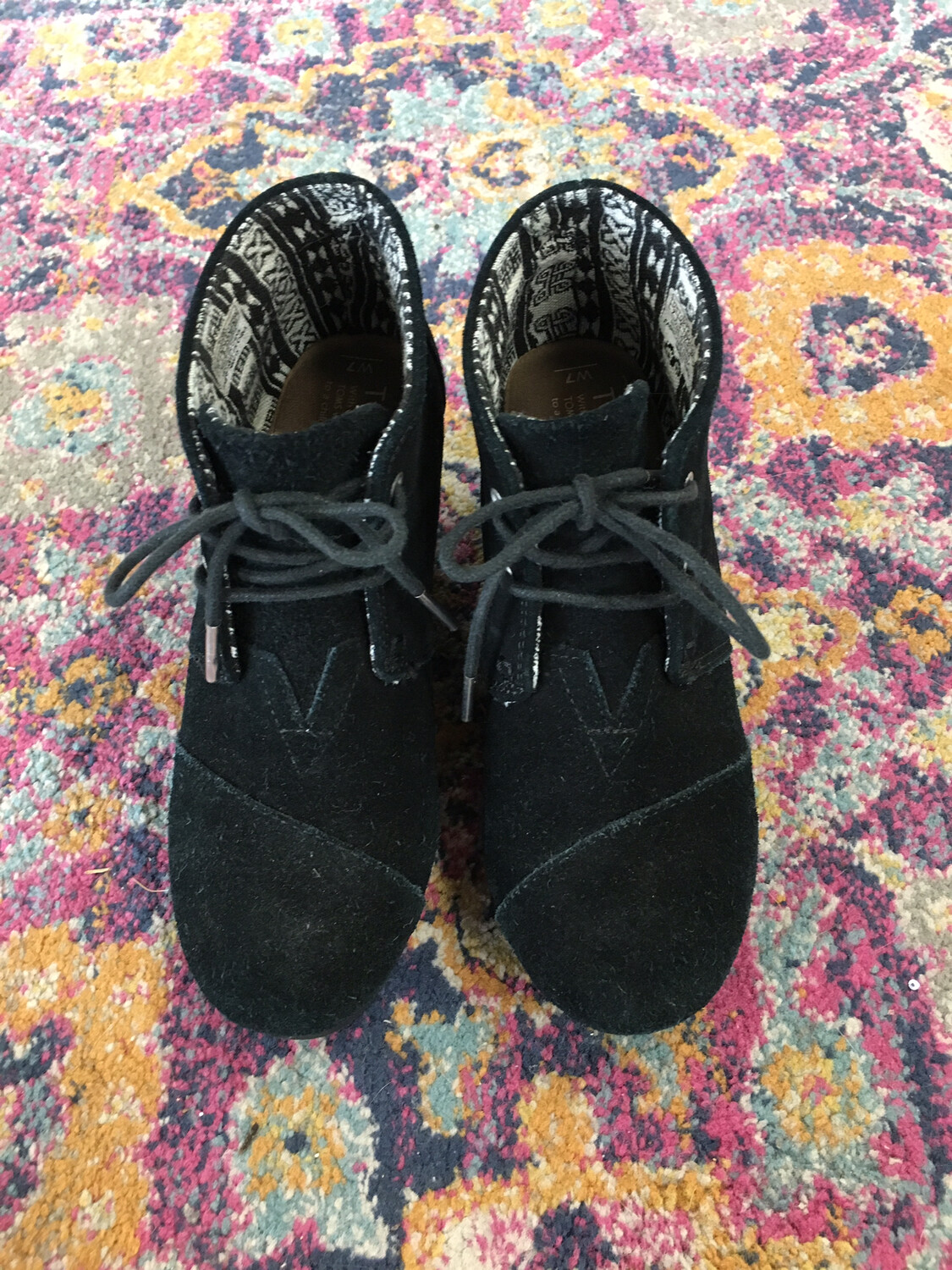 Tom's Black Lace Up Booties - Size 7W