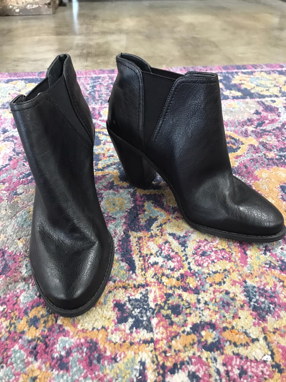 Jessica Simpson Black Boots - Size 8.5