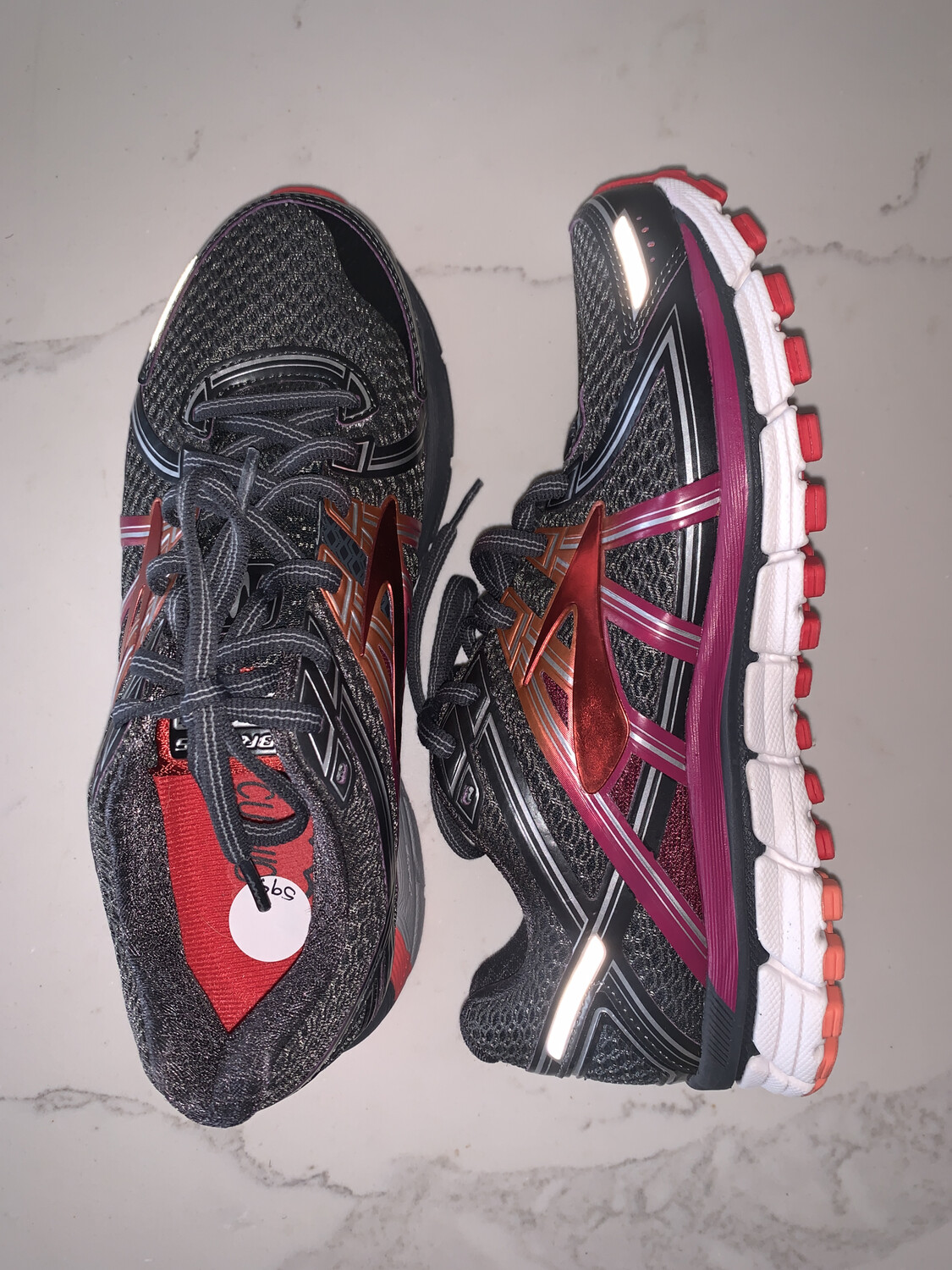Brooks GTS Seventeen Running Shoes - Size 8
