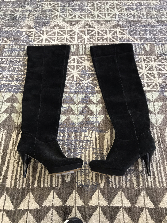 Nine West Black Suede Knee High Boot Heels - Size 5.5