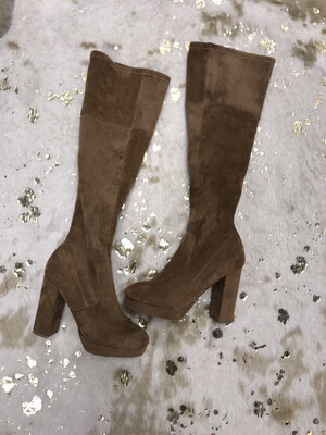 Forever 21 Brown Knee High Boots - Size 8