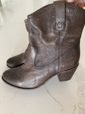 Frye Brown Cowgirl Ankle Boots - Size 9
