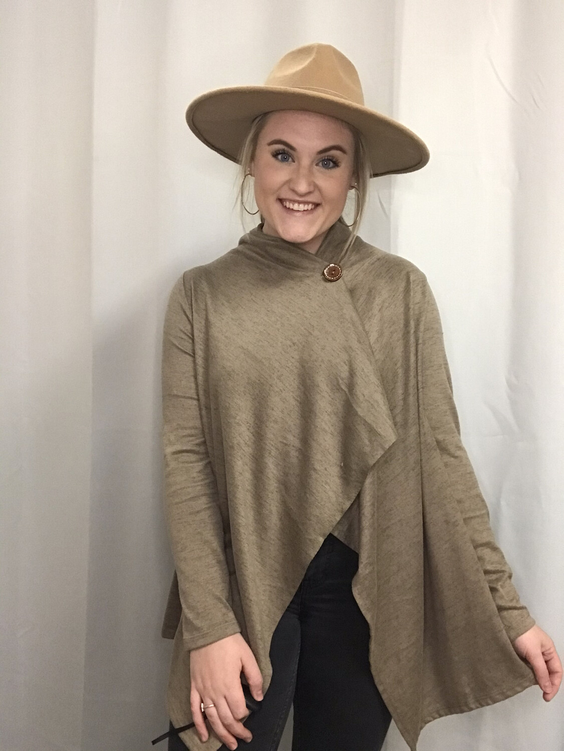 Bobeau Taupe Poncho Cardigan with Button - M