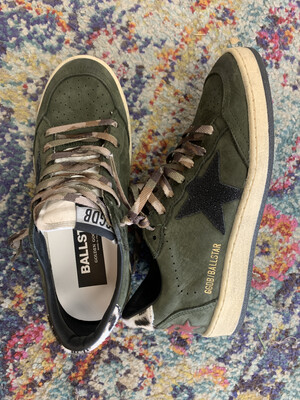 Golden Goose Olive Ball Star Sneakers - Size 6