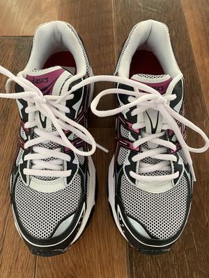 Asics Gel Black & Purple Shoes - Size 7.5