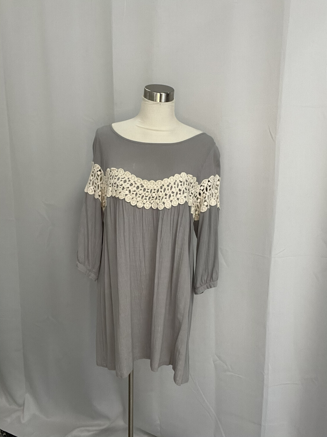 Kori America Gray Dress with Cream Lace Accent - S