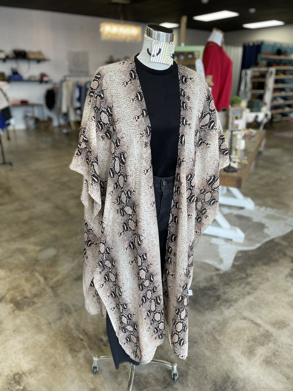 EE:Some Snakeskin Layering Top - L