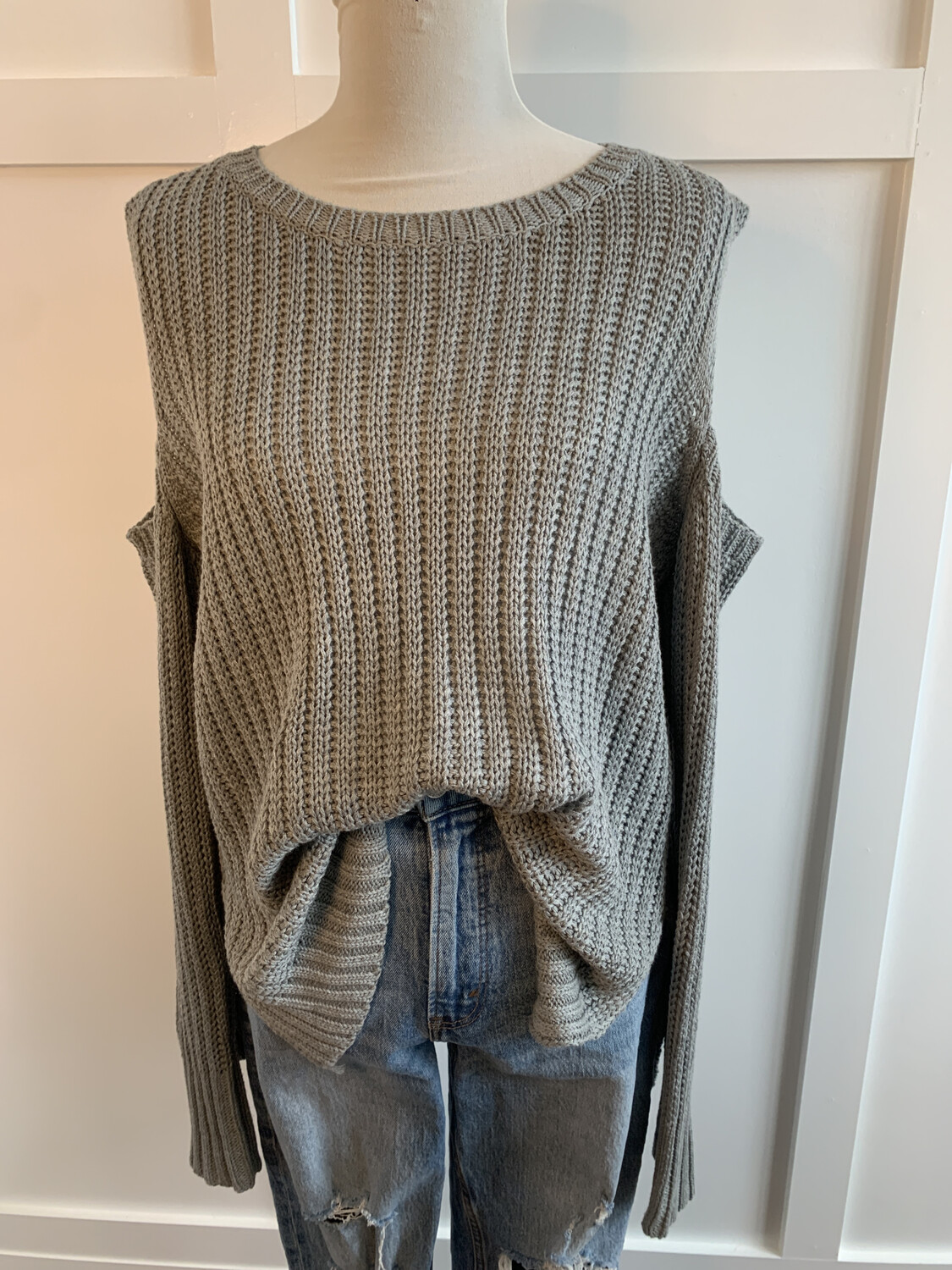 Judy Blue Grey Cold Shoulder Sweater - M