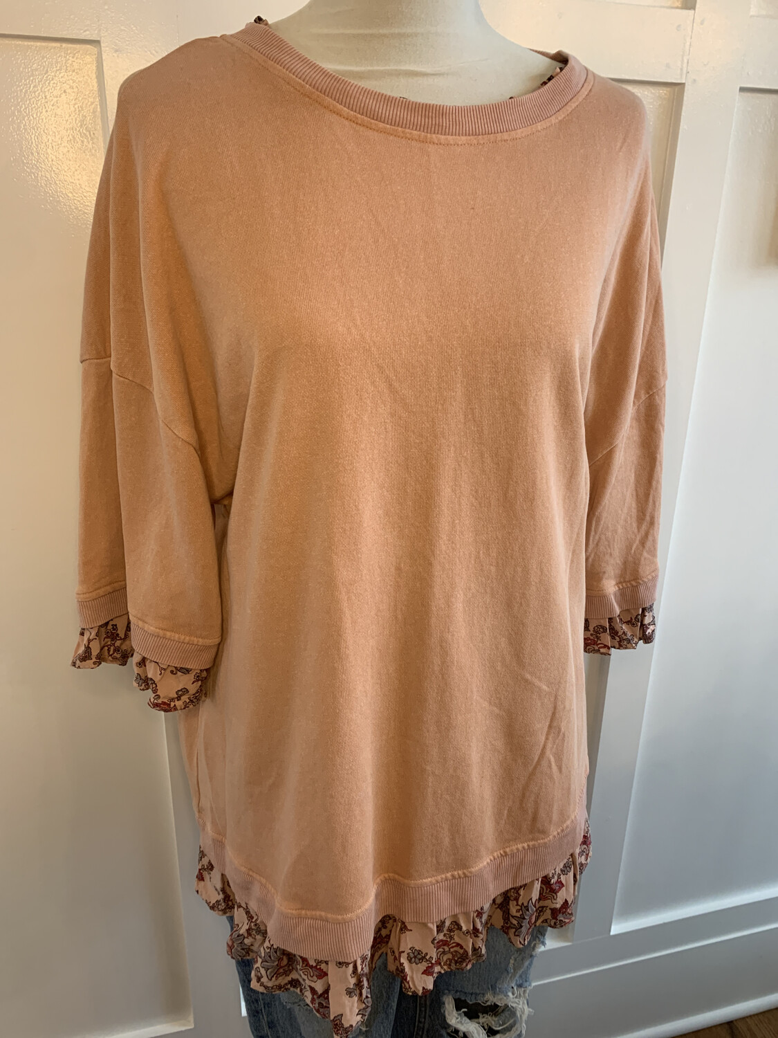 Easel Faded Pink Sweater w/ Floral Trim - L