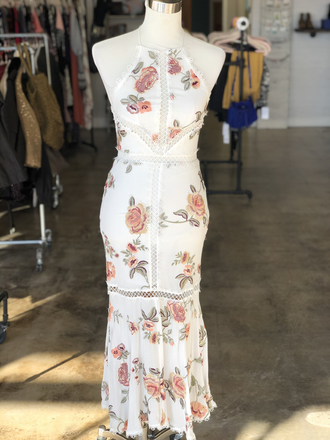X By NBD White Embroidered Floral Corset Midi Dress - XS