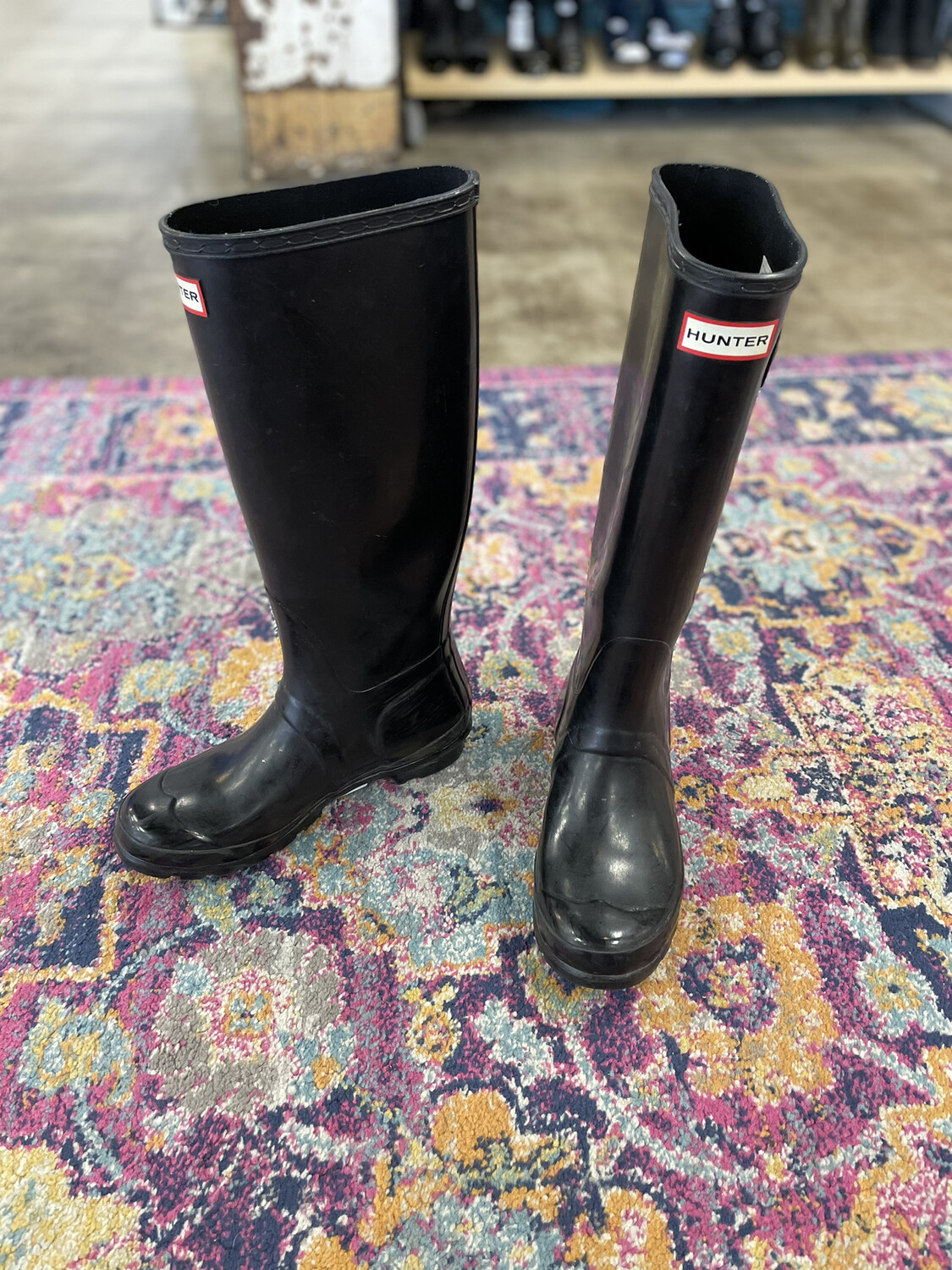 Hunter Black Tall Rain Boots - Size 7