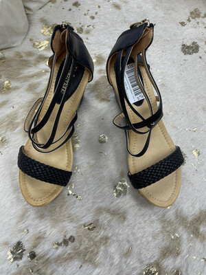 Bella MarieBlack Braided Strap Wedges - Size 10