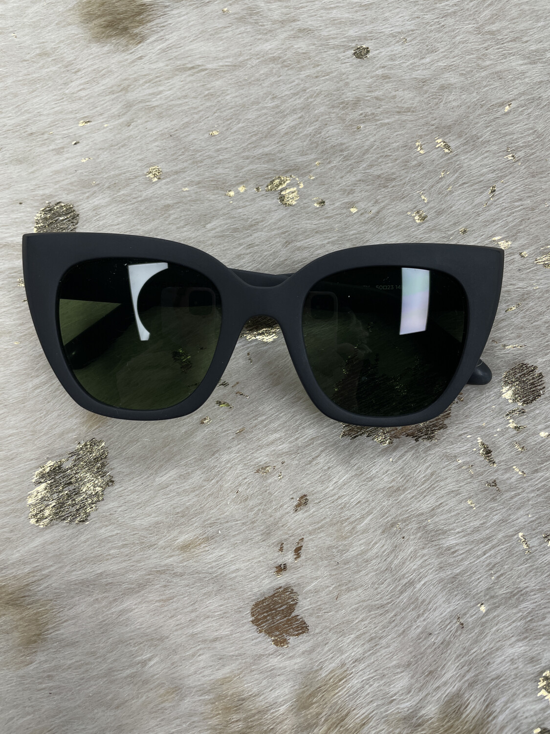 Toms Matte Black Frame Sunglasses
