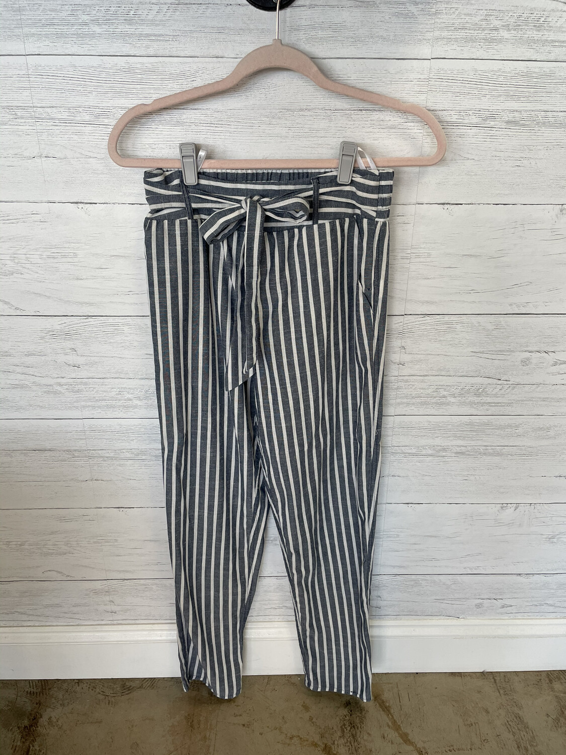 Lydelle Blue & White Striped Belted Pants - S